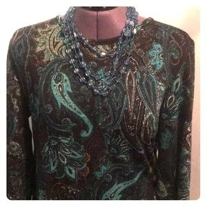 Teal paisley cross over back shirt!
